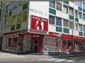 Germany, Cologne, shops on Stephanstrasse