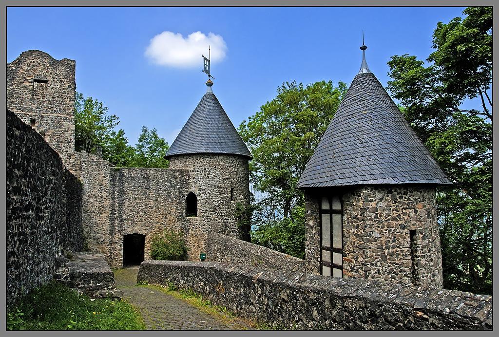 Nurburg Germany  city photos gallery : Germany, Nurburg castle
