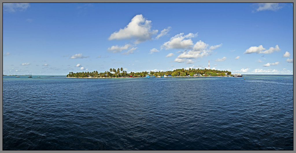 Maldives, Guraidhoo Island